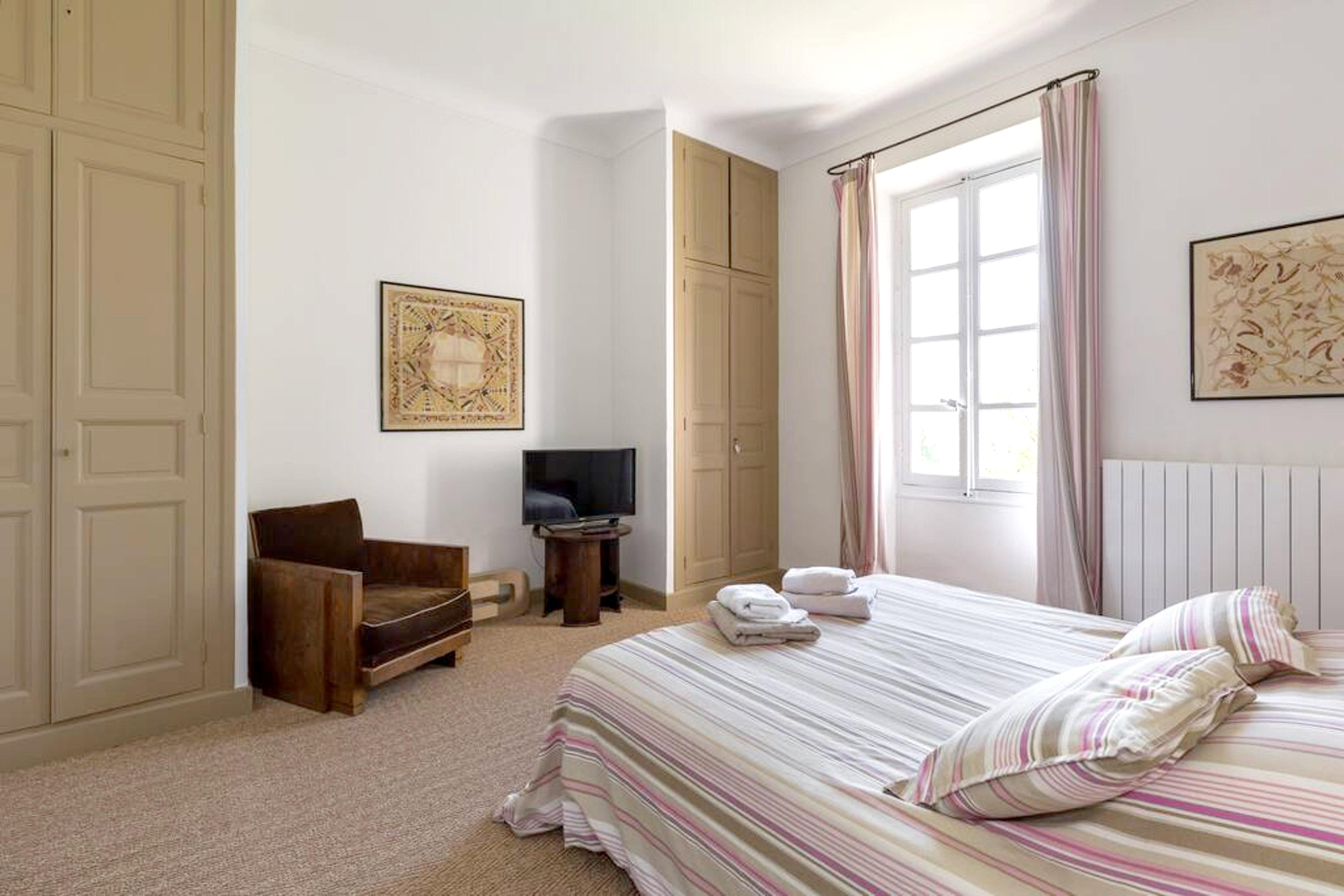 Maison de vacances Villa mit 6 Schlafzimmern in L'Isle-sur-la-Sorgue mit privatem Pool, möbliertem Garten und (2647203), L'Isle sur la Sorgue, Vaucluse, Provence - Alpes - Côte d'Azur, France, image 30
