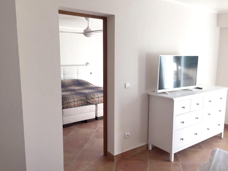 Maison de vacances Villa mit 5 Schlafzimmern in Rayol-Canadel-sur-Mer mit toller Aussicht auf die Berge, priv (2201555), Le Lavandou, Côte d'Azur, Provence - Alpes - Côte d'Azur, France, image 27
