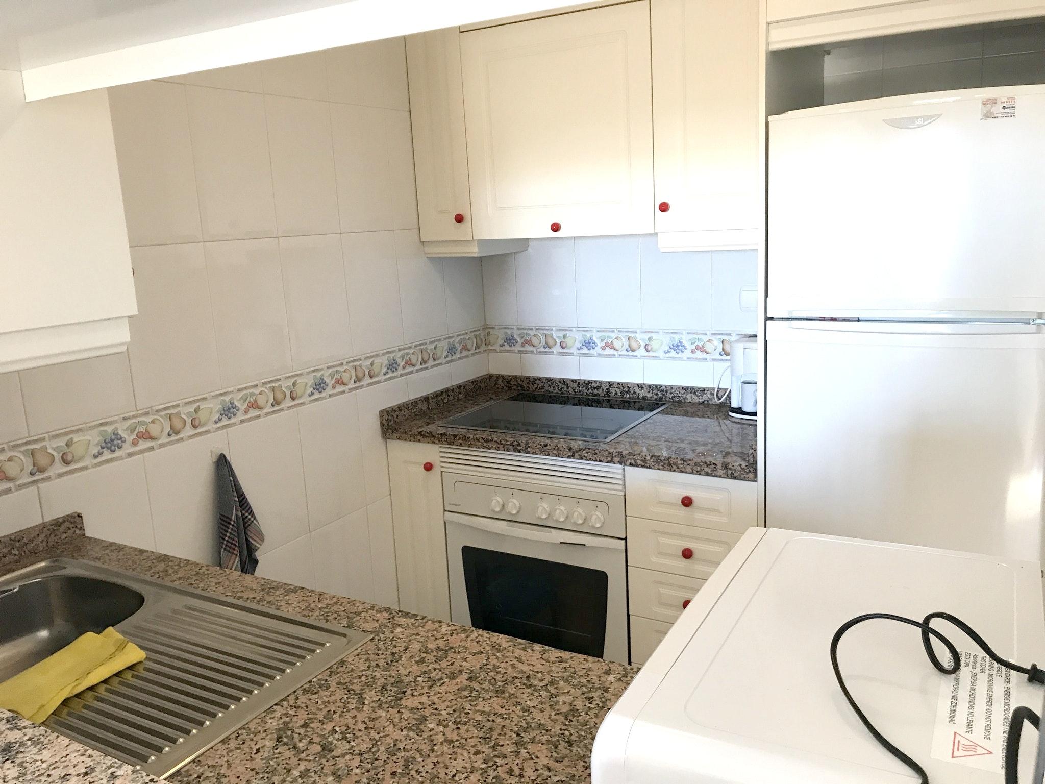 Ferienwohnung Wohnung mit 2 Schlafzimmern in Torrevieja mit Pool und möblierter Terrasse - 400 m vom Str (2342556), Torrevieja, Costa Blanca, Valencia, Spanien, Bild 14
