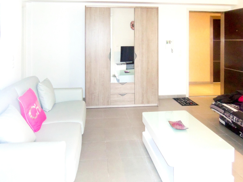 Ferienwohnung Wohnung mit einem Schlafzimmer in Saint-Raphaël mit Pool und möblierter Terrasse (2201866), Saint Raphaël, Côte d'Azur, Provence - Alpen - Côte d'Azur, Frankreich, Bild 3