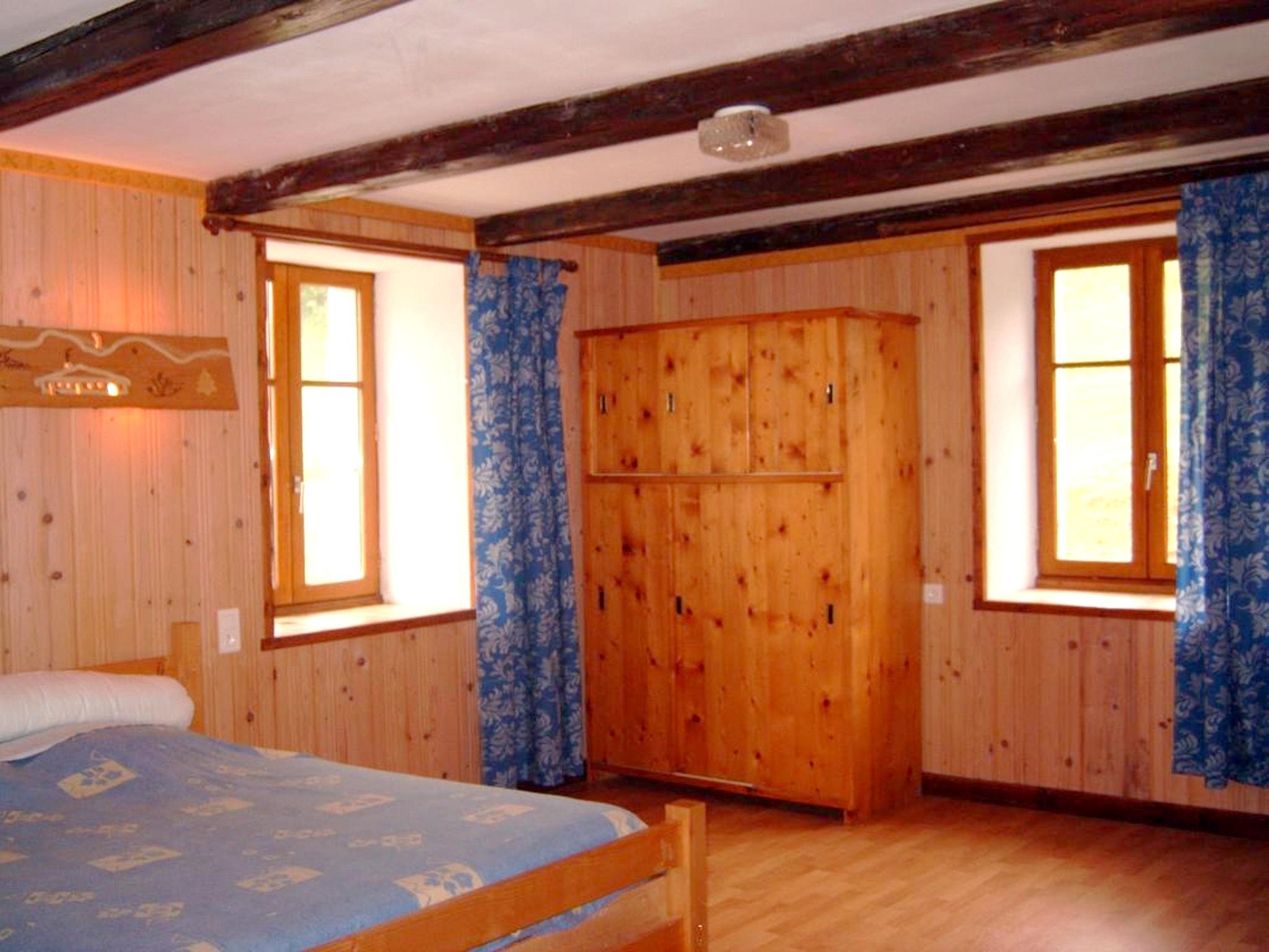Maison de vacances Haus mit einem Schlafzimmer in Septmoncel mit toller Aussicht auf die Berge, möbliertem Ga (2557372), Septmoncel, Jura, Franche-Comté, France, image 4
