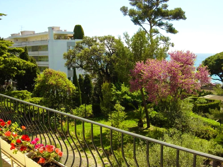 Holiday apartment Studio in Cannes mit herrlichem Meerblick und eingezäuntem Garten - 250 m vom Strand entfe (2271483), Cannes la Bocca, Côte d'Azur, Provence - Alps - Côte d'Azur, France, picture 2