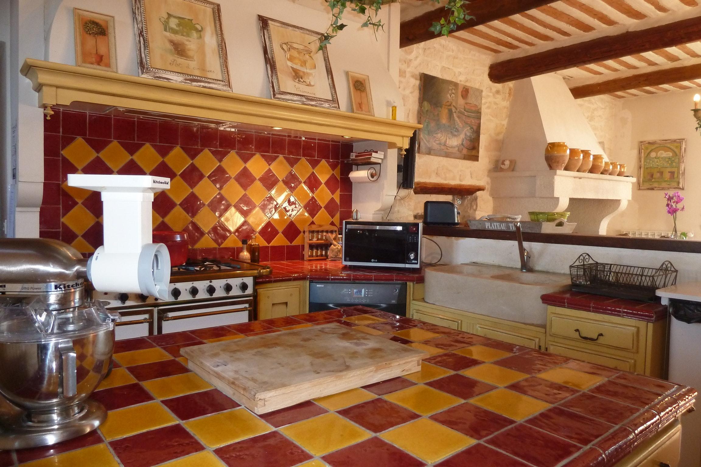 Ferienhaus Haus mit 6 Schlafzimmern in Pernes-les-Fontaines mit privatem Pool, möbliertem Garten und  (2377414), Pernes les Fontaines, Saône-et-Loire, Burgund, Frankreich, Bild 16