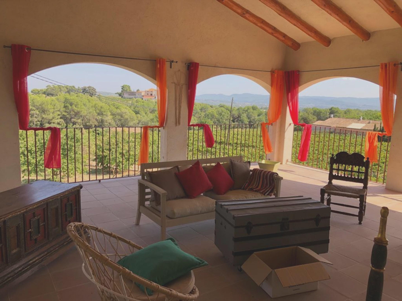Haus mit 4 Schlafzimmern in Guardiola de Font Rubí mit toller Aussicht auf die Berge möblierter Terrasse und W LAN 32 km vom Strand entfernt