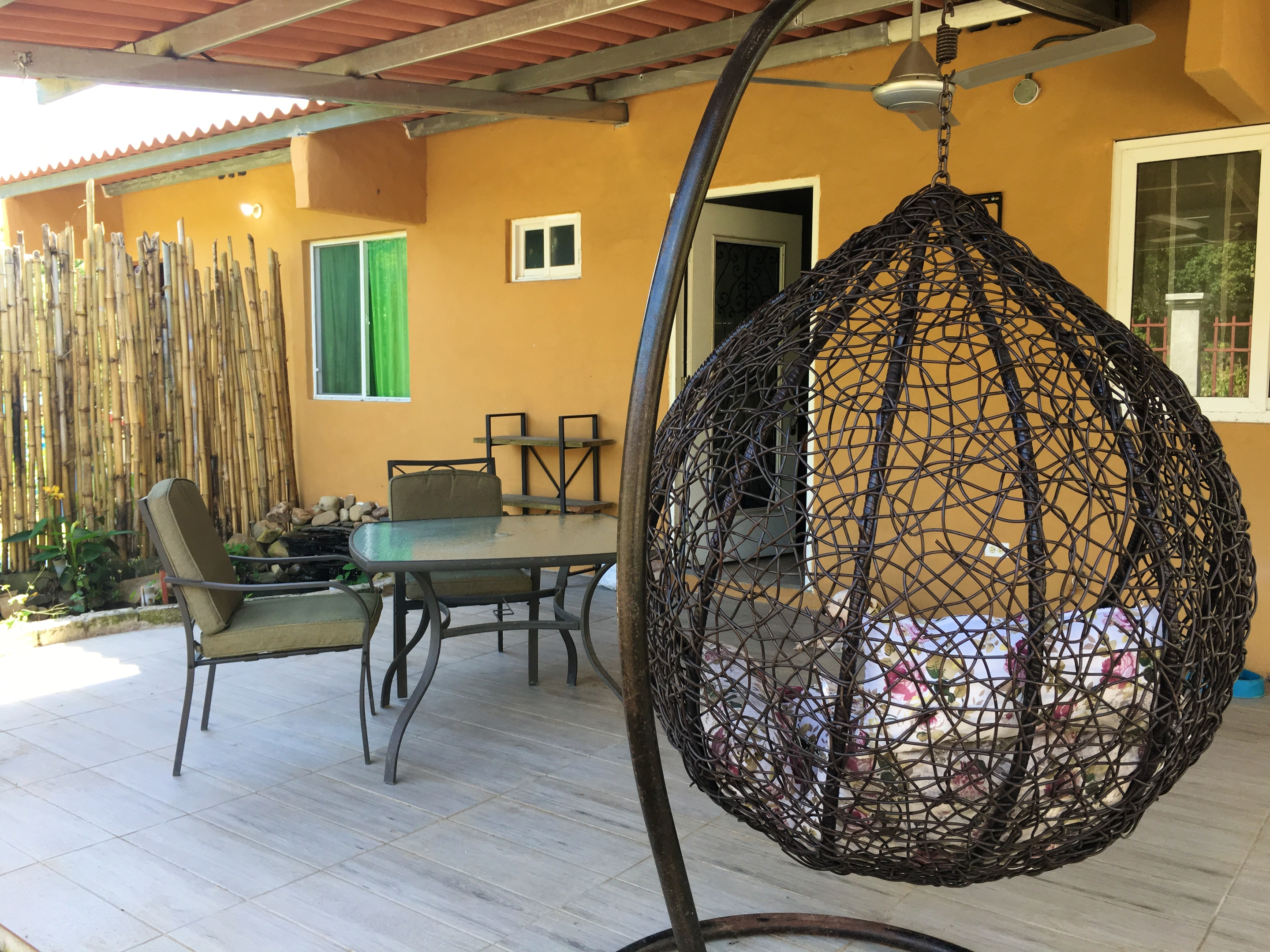 House with 2 bedrooms in Santa Cruz, with wonderful mountain view, furnished garden and WiFi