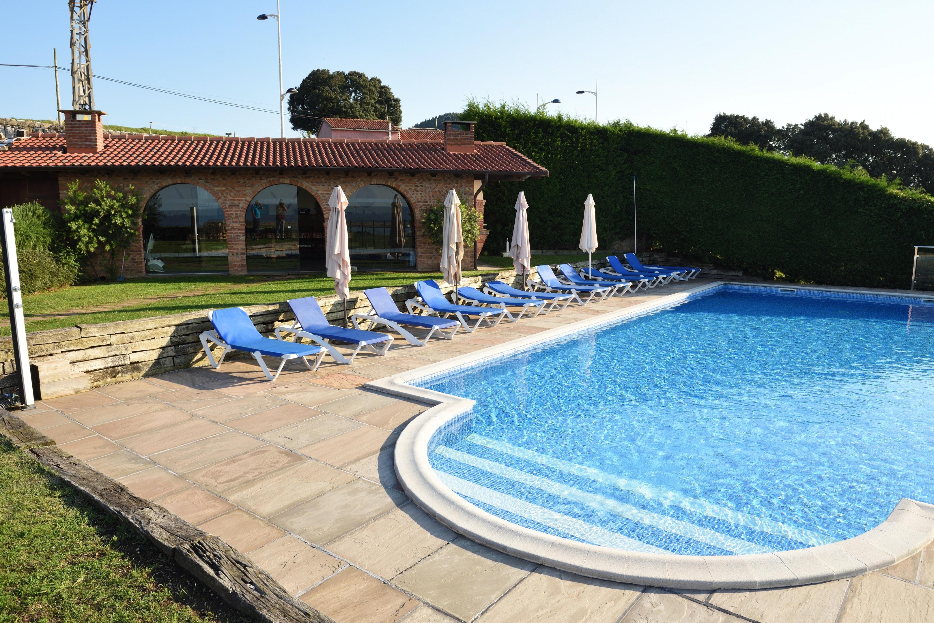 Wohnung mit 2 Schlafzimmern in Mogro mit herrliche Ferienwohnung  Costa de Cantabria