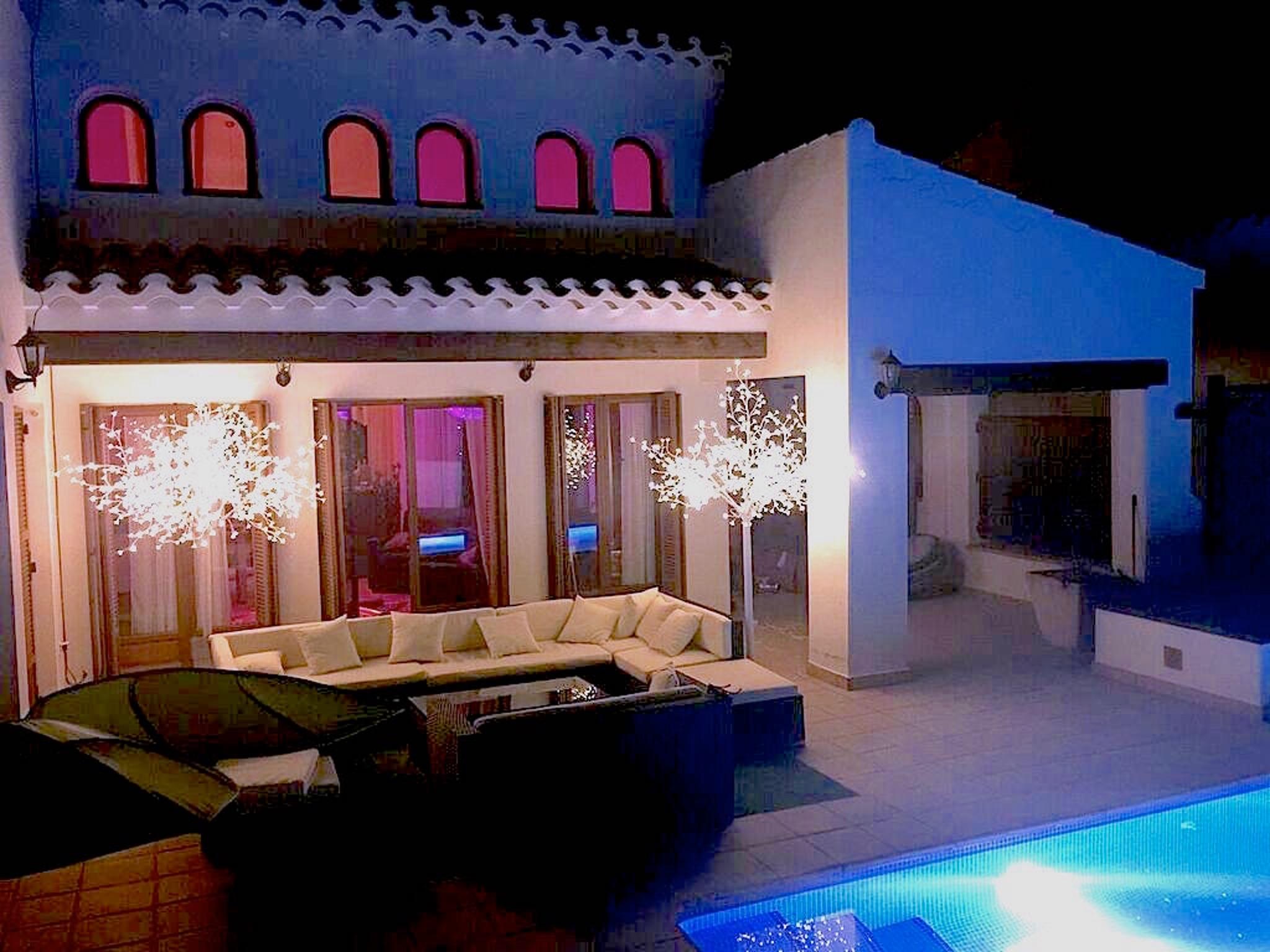 Luxuriose Oko Villa Im El Valle Golf Resort Mit Eigenem Pool Garten