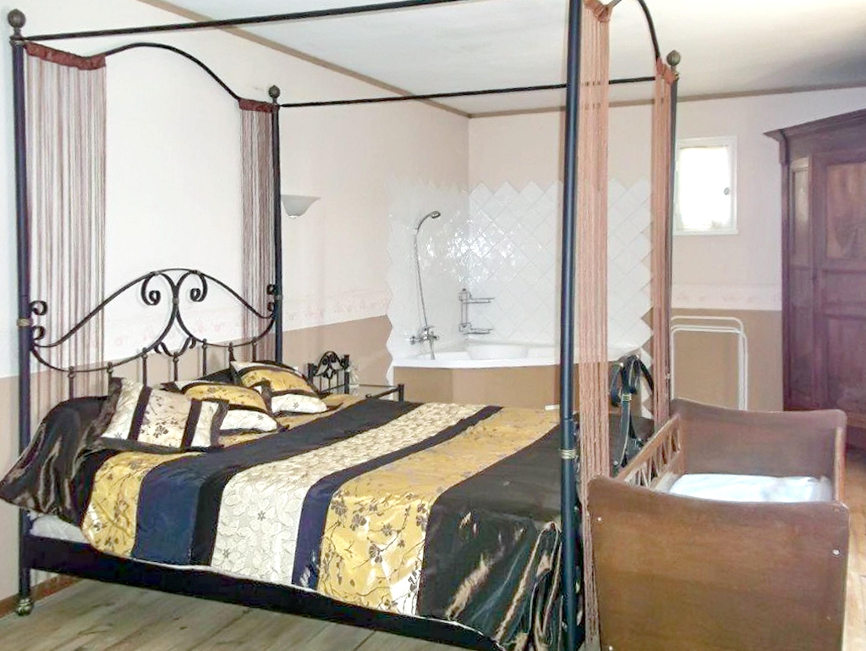 Holiday house Haus mit 6 Schlafzimmern in Vaison-la-Romaine mit toller Aussicht auf die Berge, privatem  (2202757), Vaison la Romaine, Vaucluse, Provence - Alps - Côte d'Azur, France, picture 8