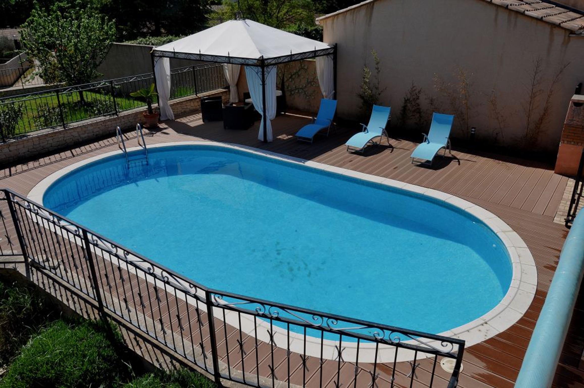 Haus Mit Einem Schlafzimmer In Gargas Mit Privatem Pool Terrasse