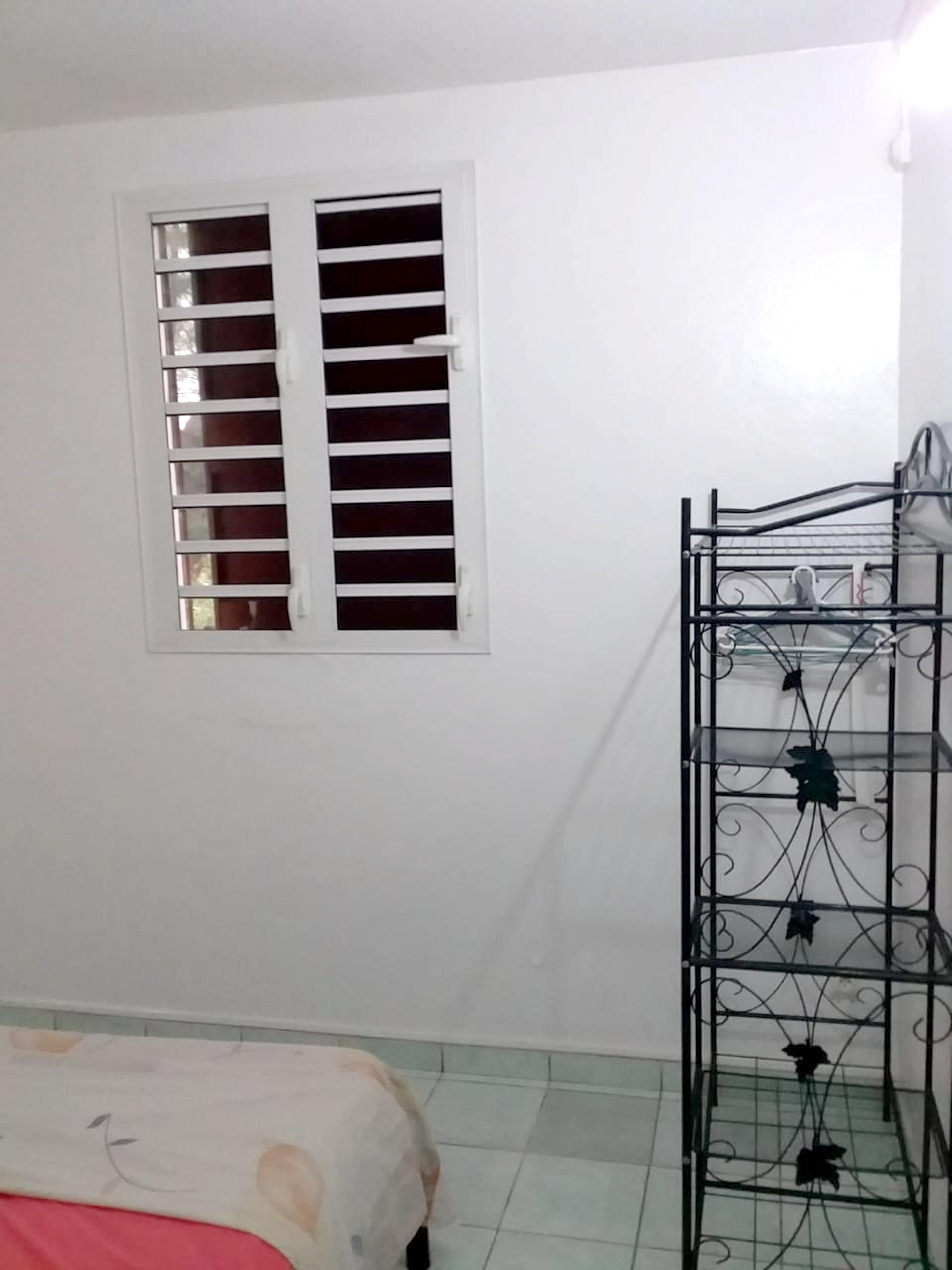 Haus mit 2 Schlafzimmern in Les Mangles mit eingez Ferienhaus in Guadeloupe