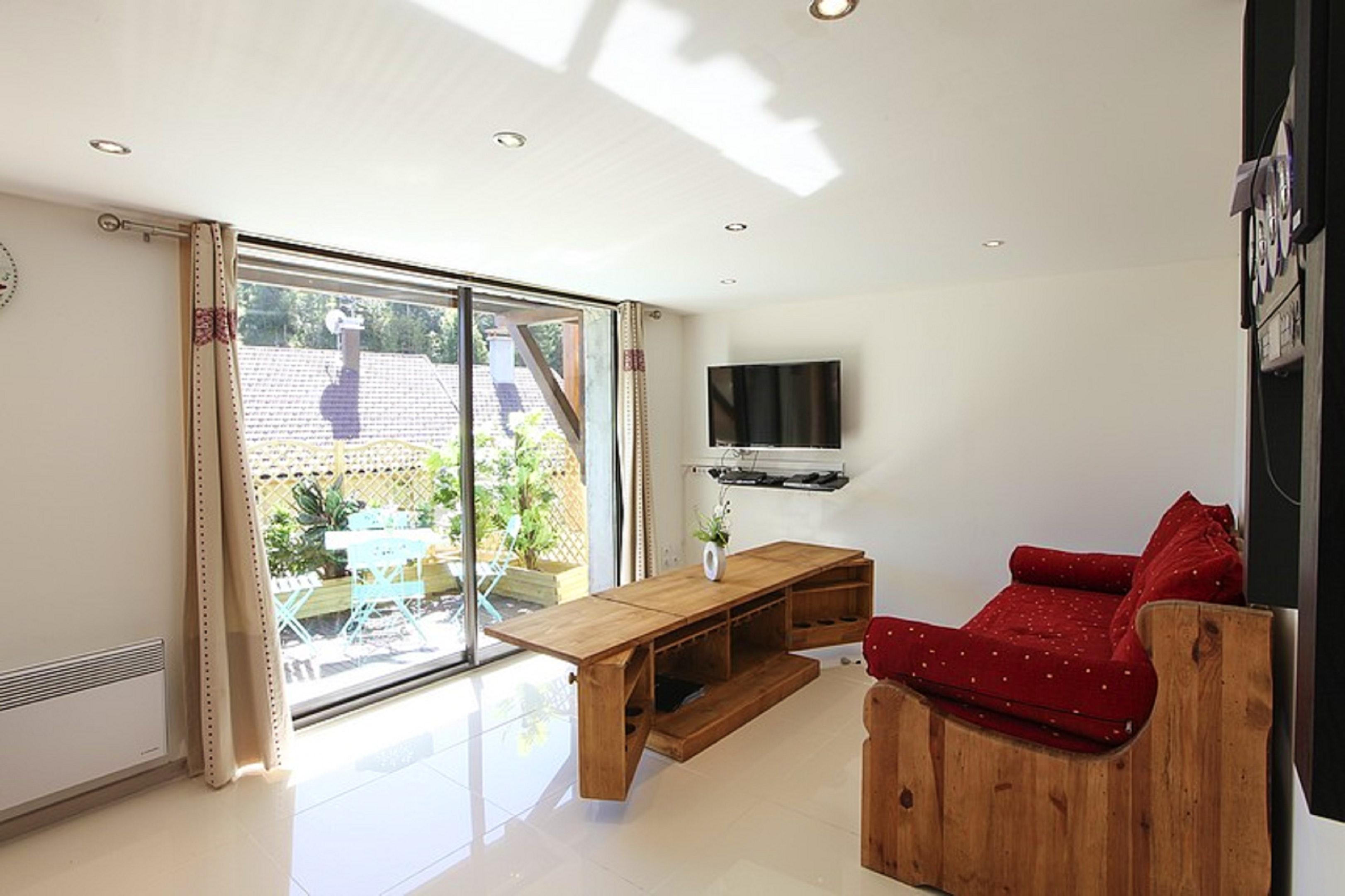 Maison de vacances Hütte mit 7 Schlafzimmern in Les Moussières mit toller Aussicht auf die Berge, möblierter  (2677371), Les Moussières, Jura, Franche-Comté, France, image 12
