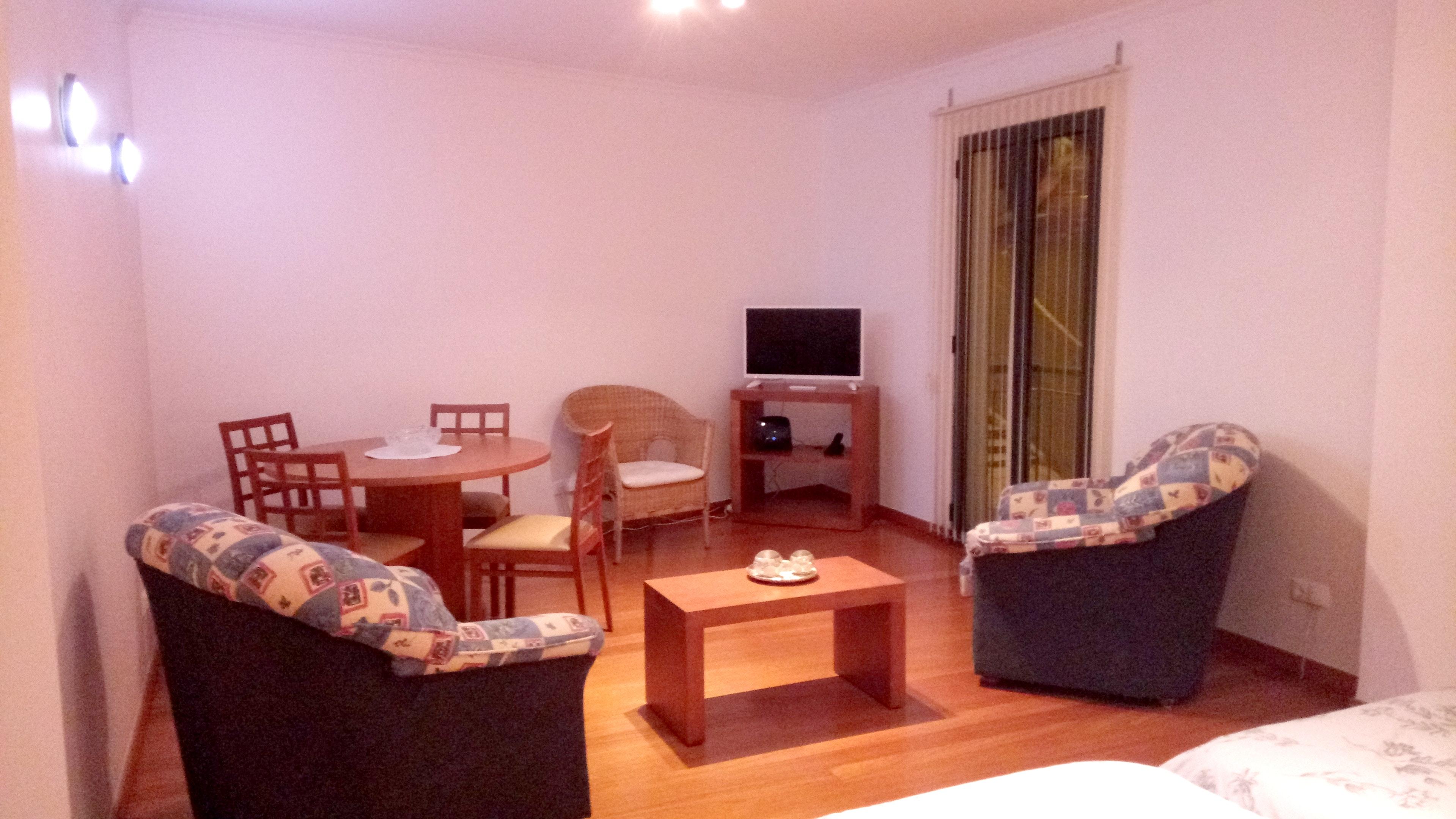 Ferienwohnung Wohnung mit einem Schlafzimmer in Santa Cruz mit herrlichem Meerblick, eingezäuntem Garten (2683895), Santa Cruz, , Madeira, Portugal, Bild 1