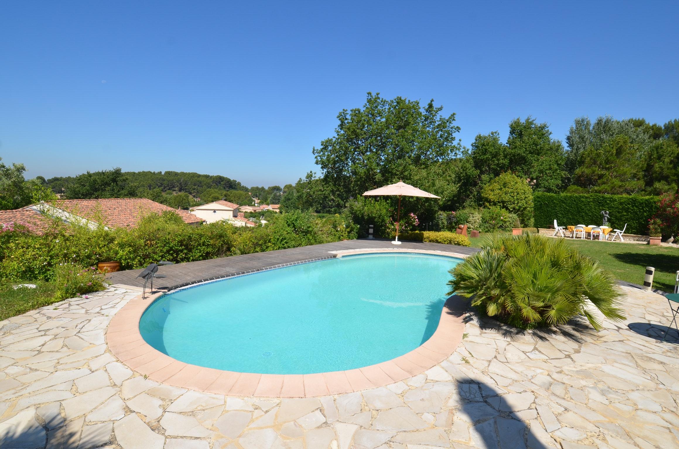 Ferienhaus Villa mit 4 Schlafzimmern in Pernes-les-Fontaines mit toller Aussicht auf die Berge, priva (2519446), Pernes les Fontaines, Saône-et-Loire, Burgund, Frankreich, Bild 8