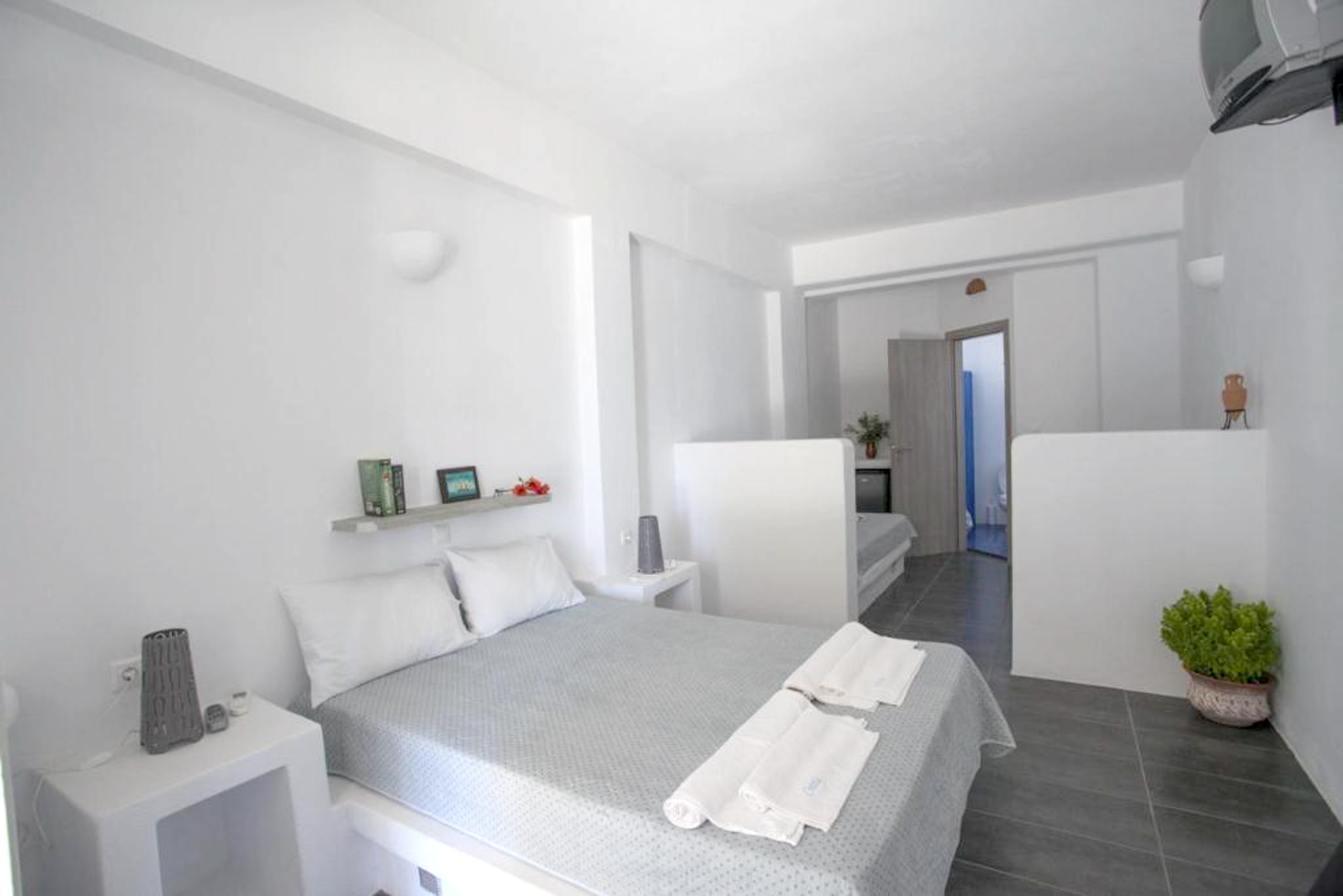 Holiday apartment Studio in Aliki mit herrlichem Meerblick, möblierter Terrasse und W-LAN (2201967), Aliki, Paros, Cyclades, Greece, picture 1
