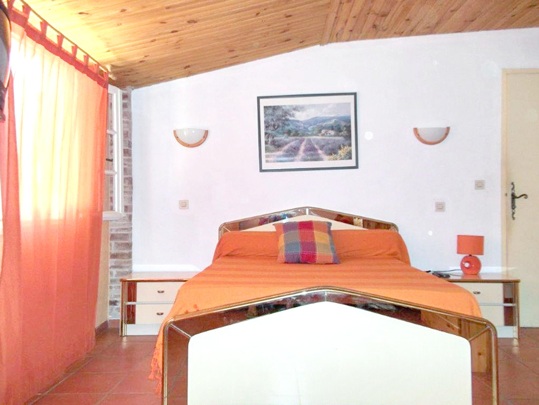 Holiday house Haus mit 6 Schlafzimmern in Vaison-la-Romaine mit toller Aussicht auf die Berge, privatem  (2202757), Vaison la Romaine, Vaucluse, Provence - Alps - Côte d'Azur, France, picture 13