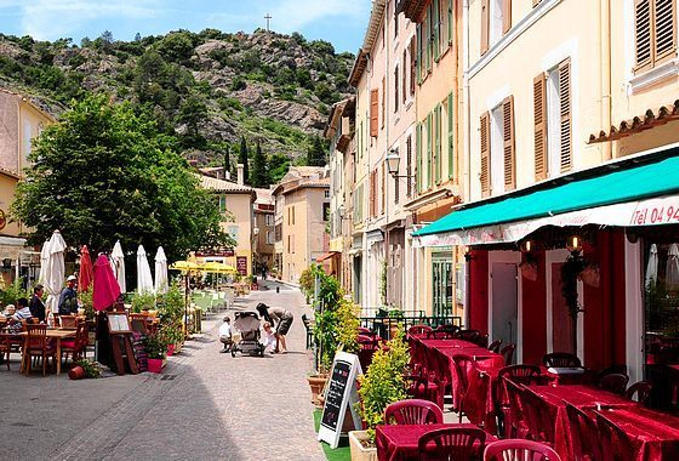Maison de vacances Immobilie mit 2 Schlafzimmern in La Garde-Freinet mit toller Aussicht auf die Berge und ei (2644811), La Garde Freinet, Côte d'Azur, Provence - Alpes - Côte d'Azur, France, image 10