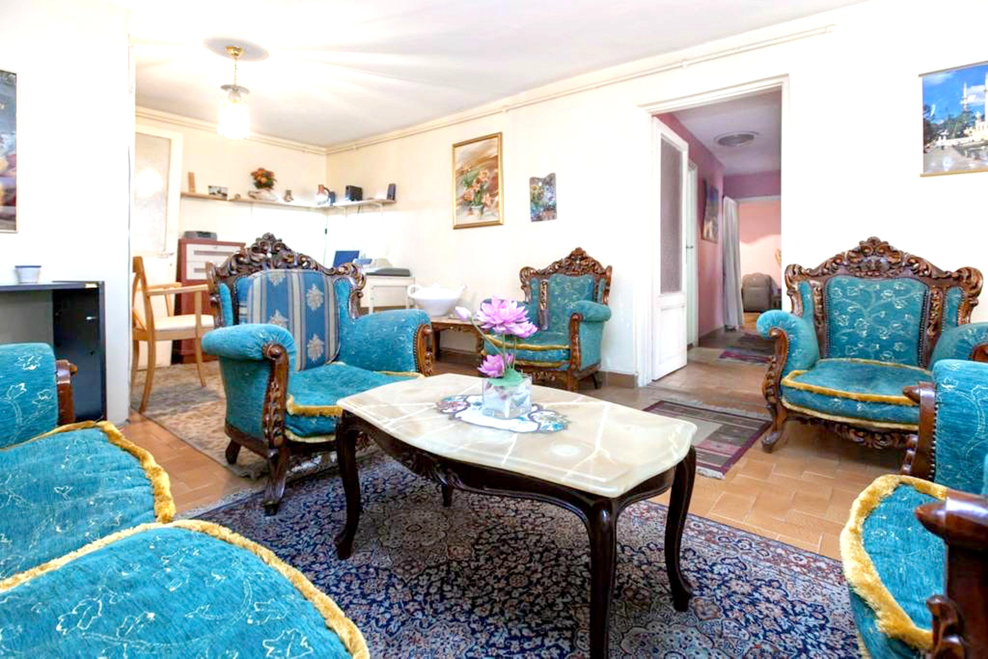 Wohnung mit 2 Schlafzimmern in Beyoglu Istanbul