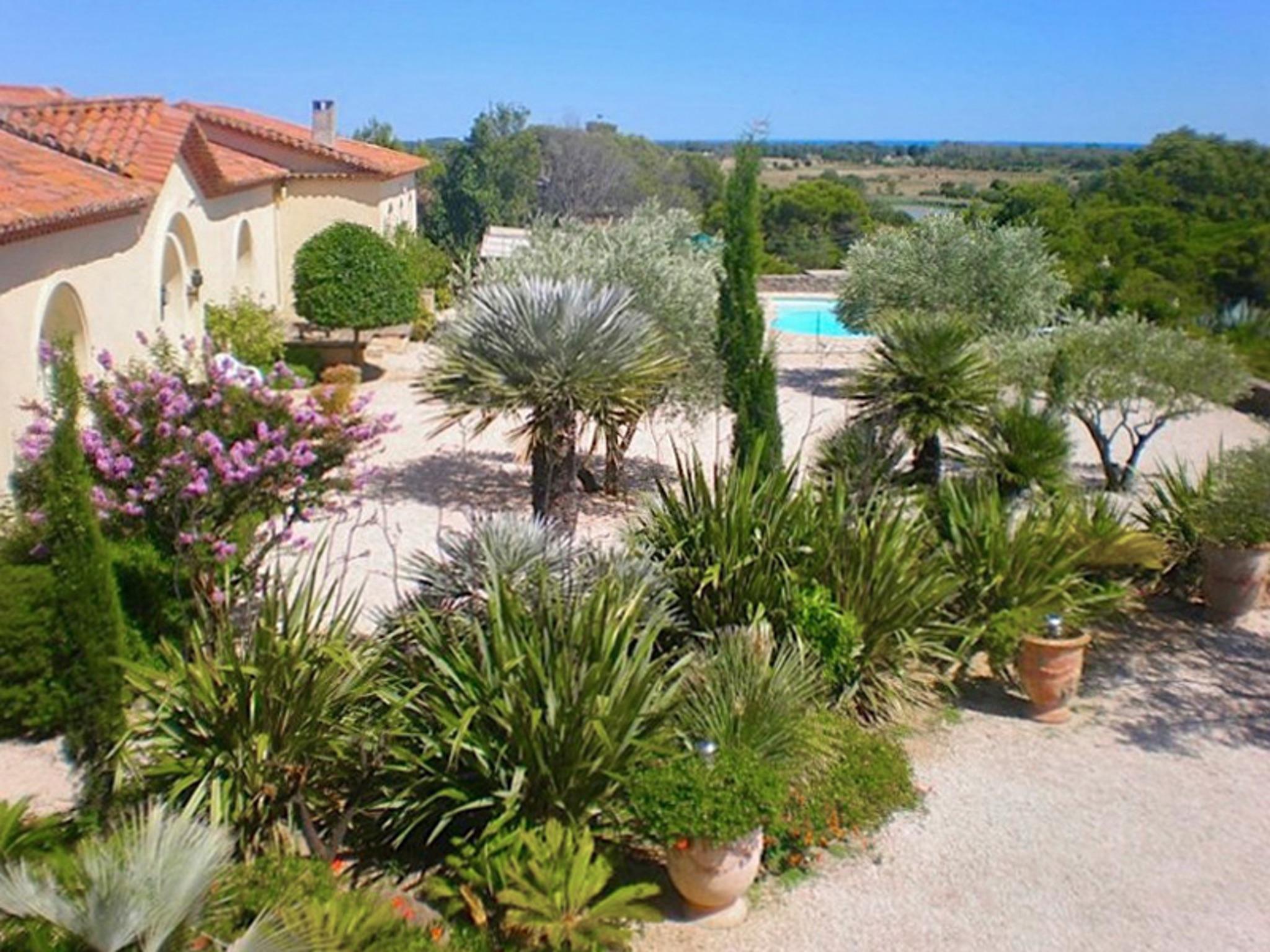 Ferienhaus Charaktervolles Haus in Hérault mit Pool und Garten (2201003), Portiragnes, Mittelmeerküste Hérault, Languedoc-Roussillon, Frankreich, Bild 30