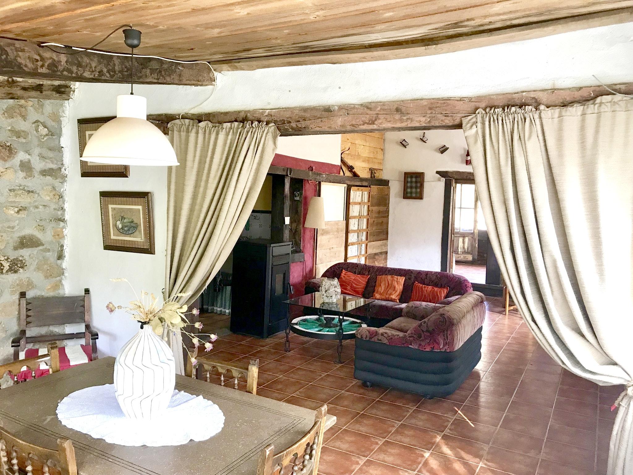 Maison de vacances Hütte mit 4 Schlafzimmern in Camarena de la Sierra mit toller Aussicht auf die Berge, priv (2474258), Camarena de la Sierra, Teruel, Aragon, Espagne, image 2