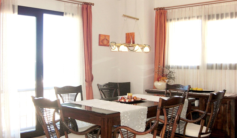 Maison de vacances Moderne türkische Villa mit zwei Pools, herrlicher Aussicht, WLAN und Zugang zu einem Priv (2202326), Turgutreis, , Région Egéenne, Turquie, image 13