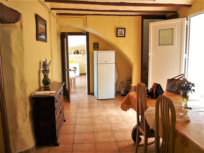 Maison de vacances Haus mit 6 Schlafzimmern in Albentosa mit toller Aussicht auf die Berge und möblierter Ter (2639969), Albentosa, Teruel, Aragon, Espagne, image 11