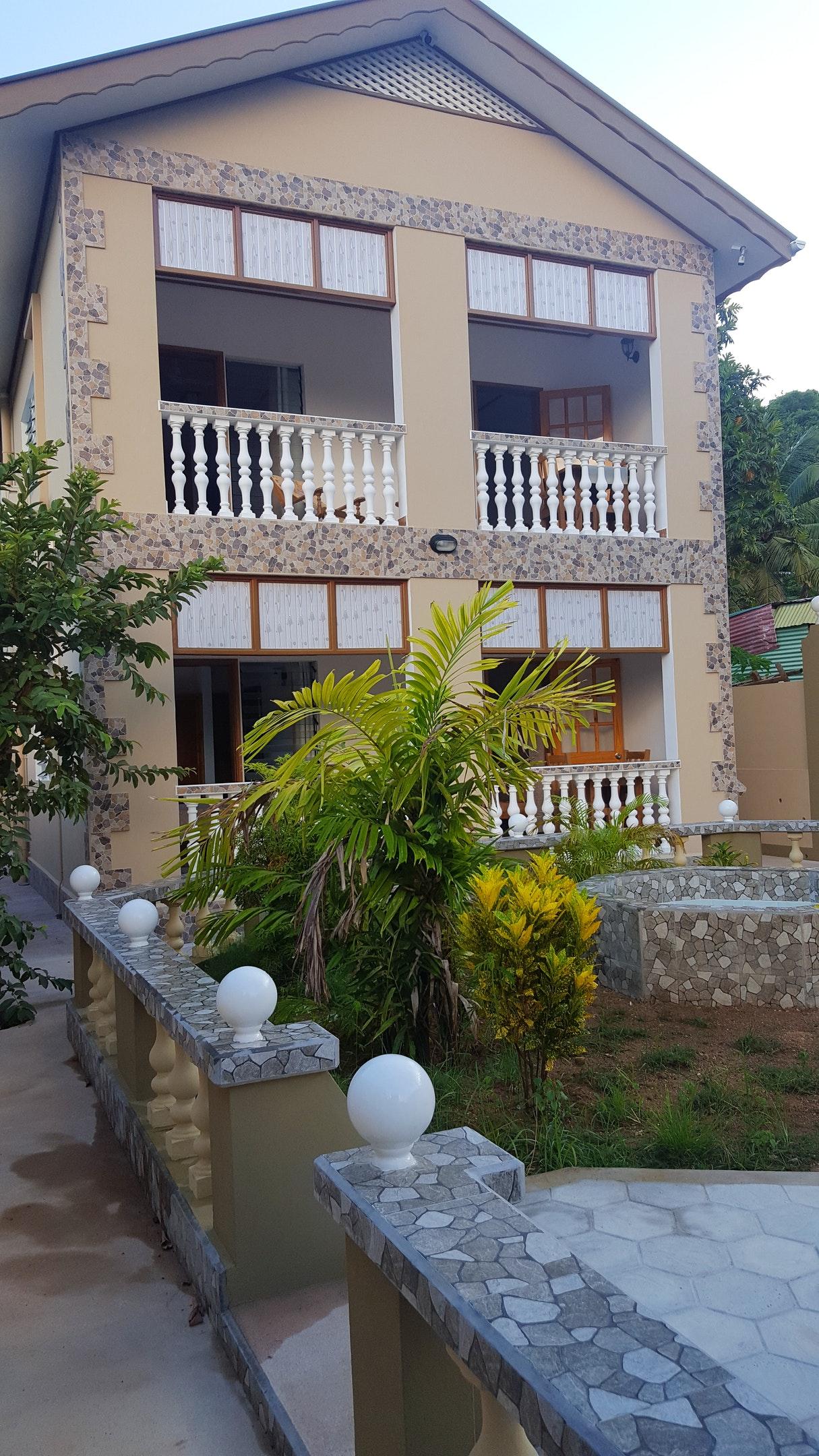 Wohnung mit einem Schlafzimmer in Baie Sainte Anne Ferienwohnung auf den Seychellen