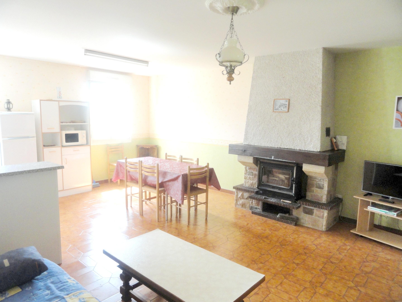 Maison de vacances Haus mit 2 Schlafzimmern in Saint-Laurent-la-Roche mit eingezäuntem Garten - 40 km vom Str (2208321), Montmorot, Jura, Franche-Comté, France, image 3