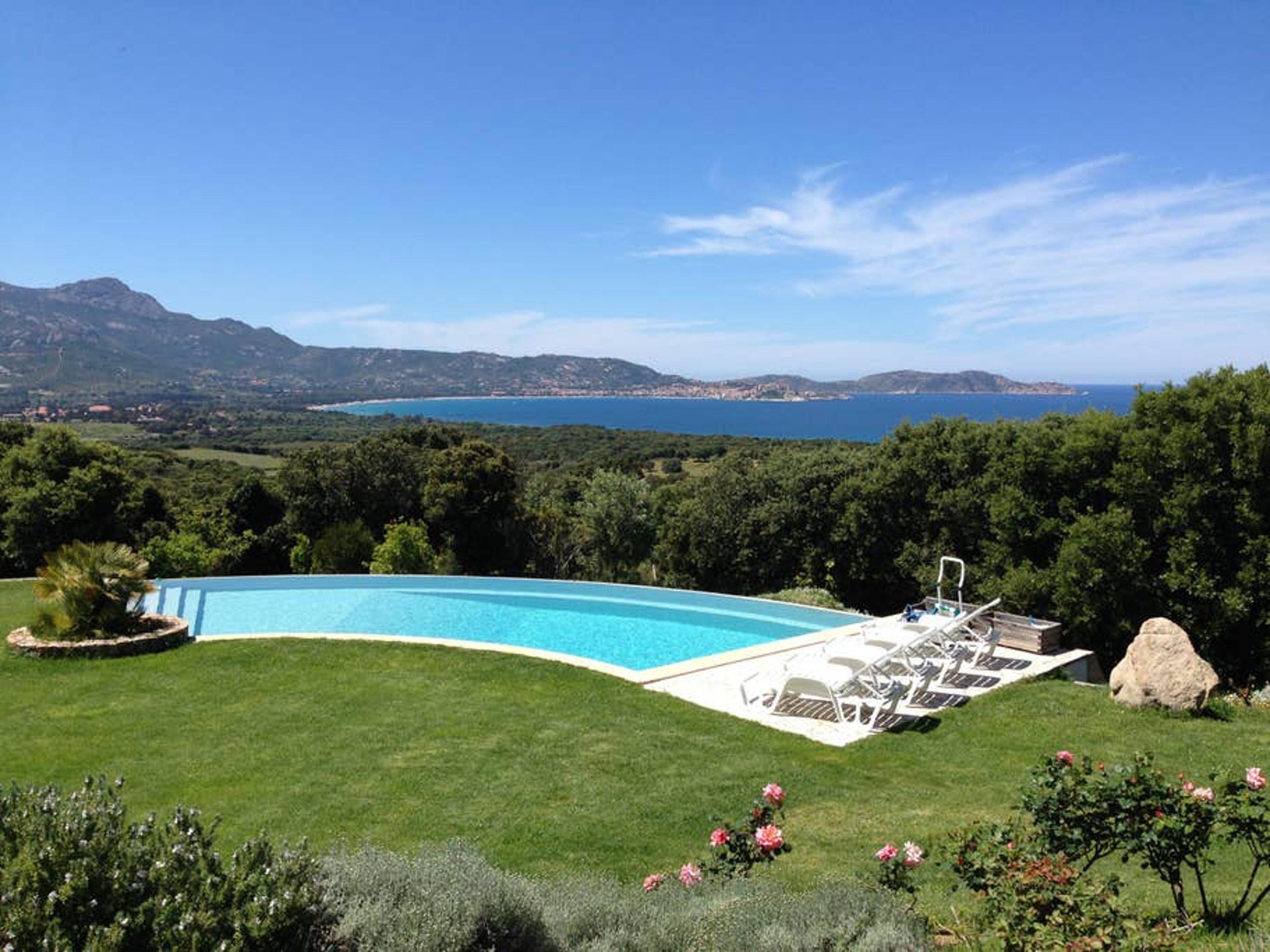 Ferienhaus Villa mit 4 Schlafzimmern in Lumio mit herrlichem Meerblick, privatem Pool, möbliertem Gar (2632533), Lumio, Nordkorsika, Korsika, Frankreich, Bild 10