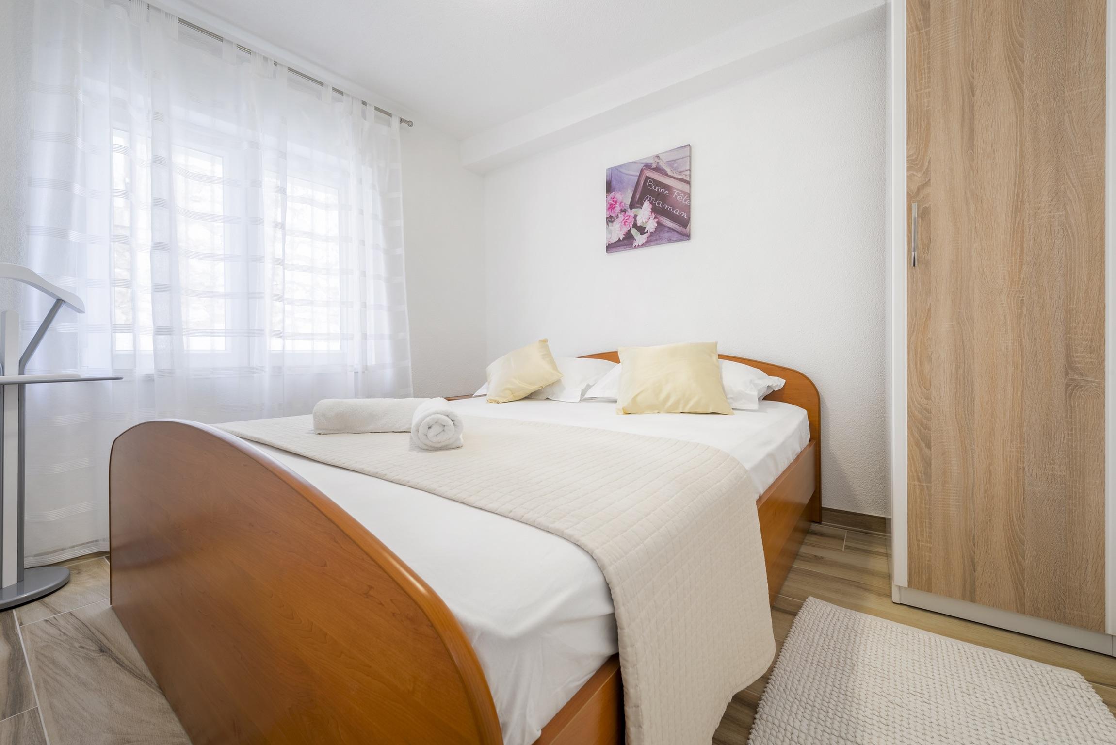 Ferienwohnung Wohnung mit 2 Zimmern in Baaka Voda mit herrlichem Meerblick, möblierter Terrasse und W-L (2201397), Baška Voda, , Dalmatien, Kroatien, Bild 6