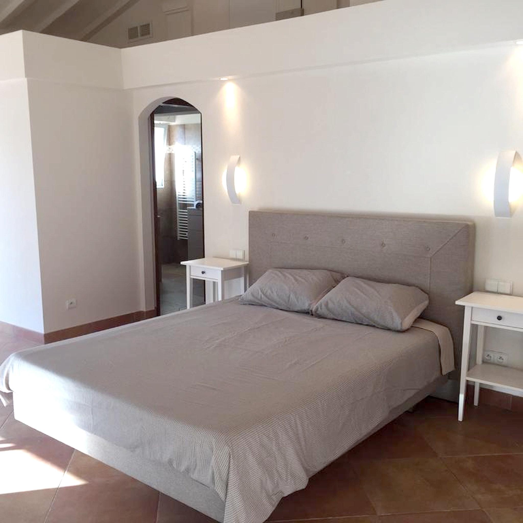 Maison de vacances Villa mit 5 Schlafzimmern in Rayol-Canadel-sur-Mer mit toller Aussicht auf die Berge, priv (2201555), Le Lavandou, Côte d'Azur, Provence - Alpes - Côte d'Azur, France, image 15