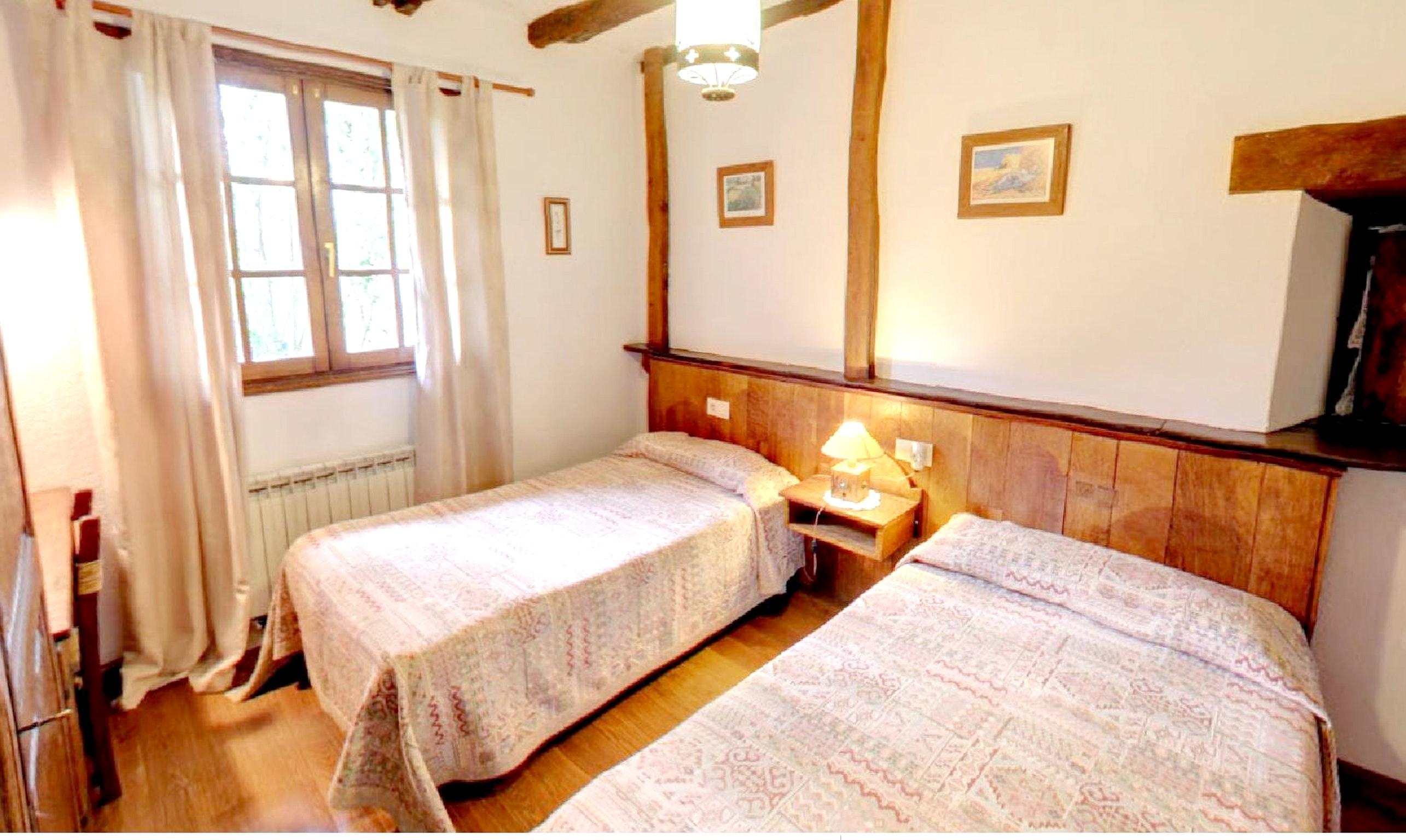 Ferienhaus Haus mit 6 Schlafzimmern in Lizaso mit eingezäuntem Garten und W-LAN - 500 m vom Strand en (2599807), Lizaso, , Navarra, Spanien, Bild 11