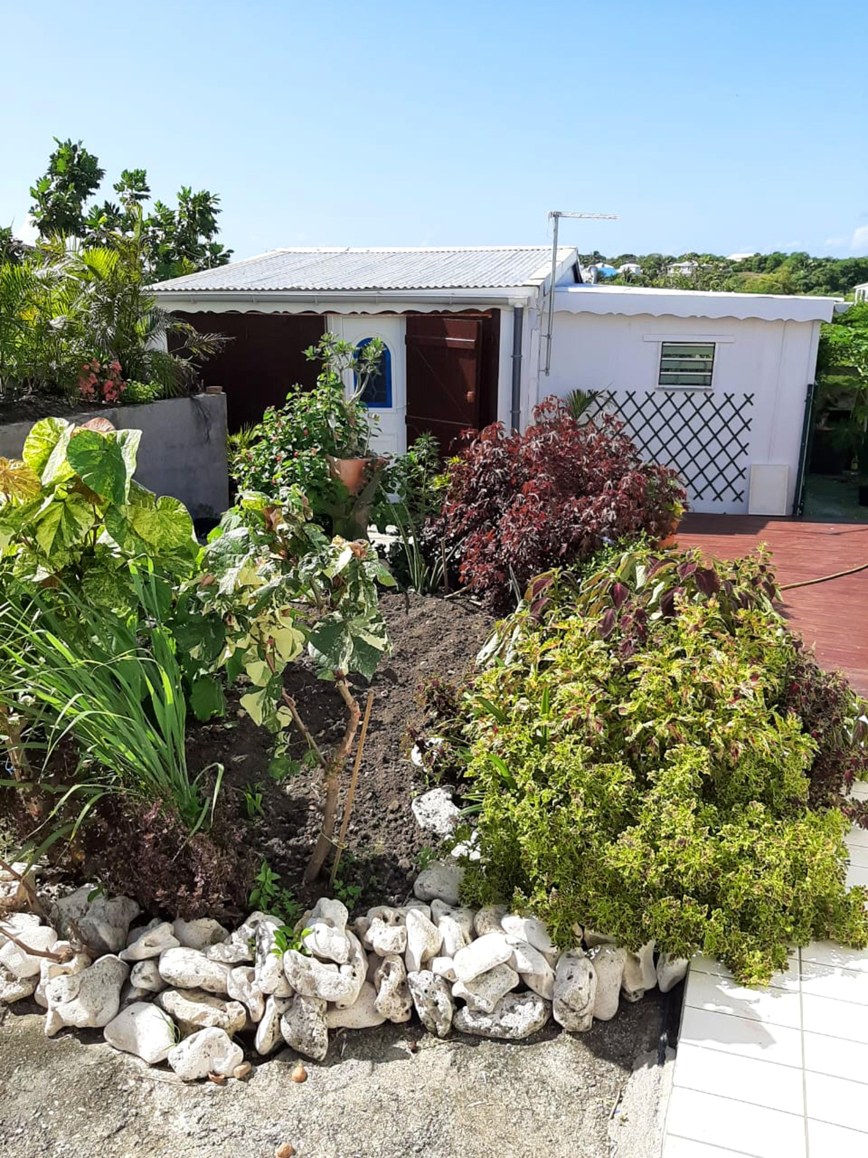 Ferienhaus Bungalow mit einem Schlafzimmer in Sainte-Anne mit eingezäuntem Garten und W-LAN - 3 km vo (2663912), Sainte-Anne (Guadeloupe), Grande-Terre, Guadeloupe, Karibische Inseln, Bild 5