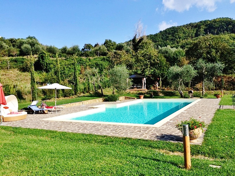 Haus mit 4 Schlafzimmern in Montelaterone mit toll Ferienhaus