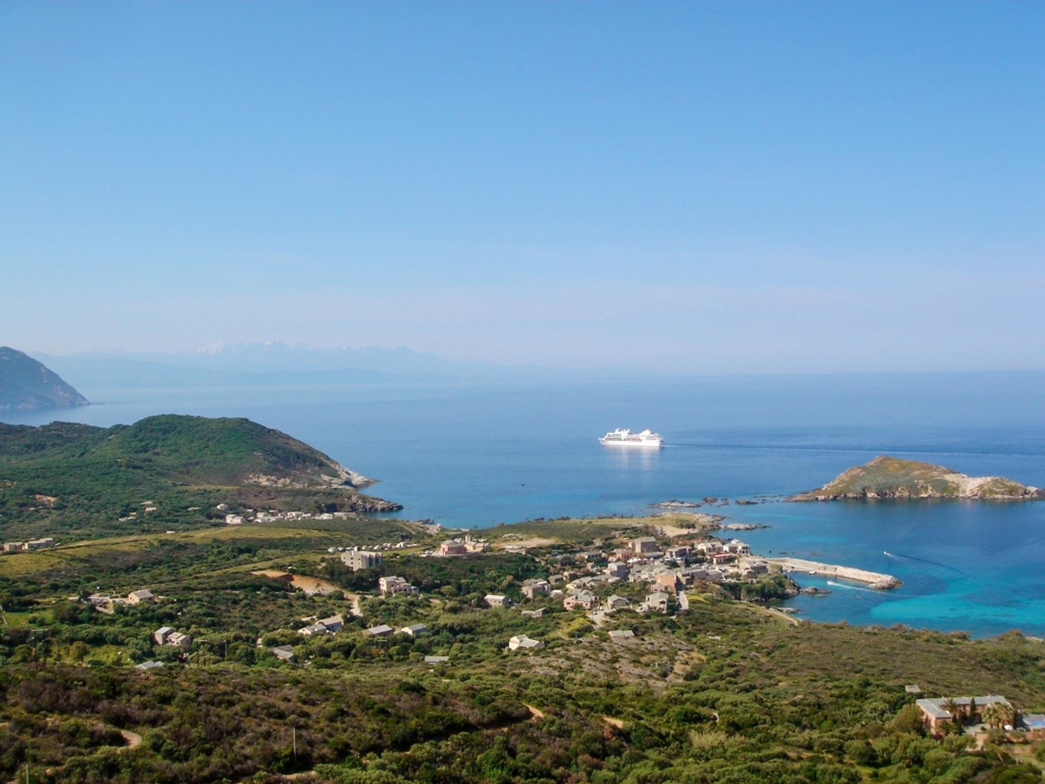 Maison de vacances Herrliches Haus mit neun Schlafzimmern und grandiosem Blick aufs Meer im hübschen Dörfchen (2202571), Centuri, Haute-Corse, Corse, France, image 7