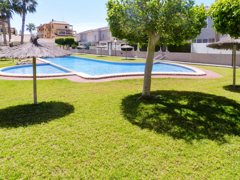 Maison de vacances Haus mit 2 Schlafzimmern in Torrevieja, Alicante mit schöner Aussicht auf die Stadt, Pool, (2201630), Torrevieja, Costa Blanca, Valence, Espagne, image 52