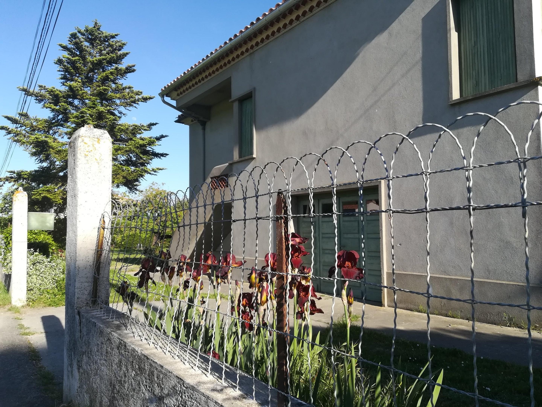 Haus mit 4 Schlafzimmern in Loupia mit möblie Ferienhaus