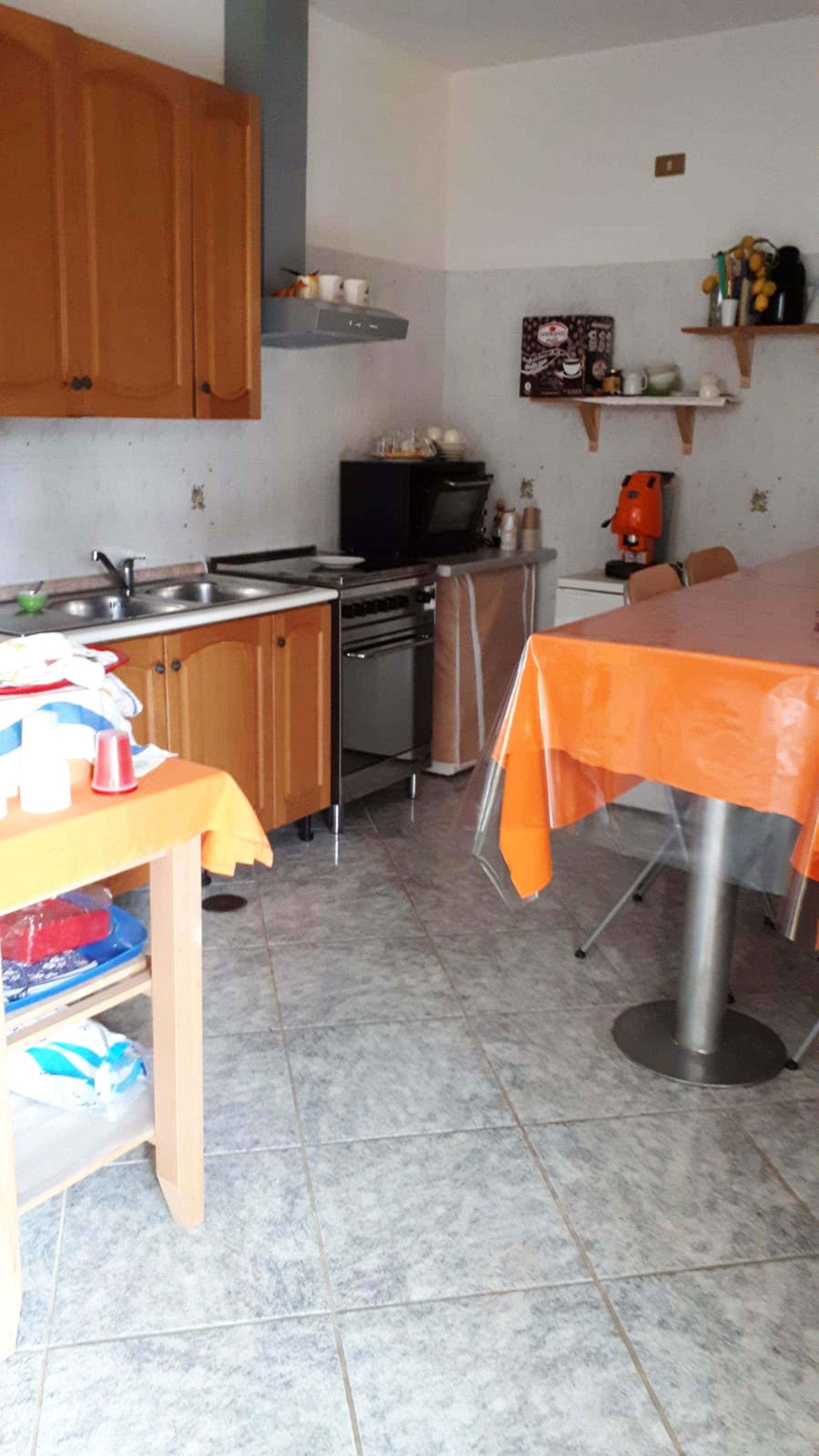 Ferienhaus Haus mit 3 Schlafzimmern in Tramonti mit toller Aussicht auf die Berge, eingezäuntem Garte (2591647), Tramonti, Salerno, Kampanien, Italien, Bild 4