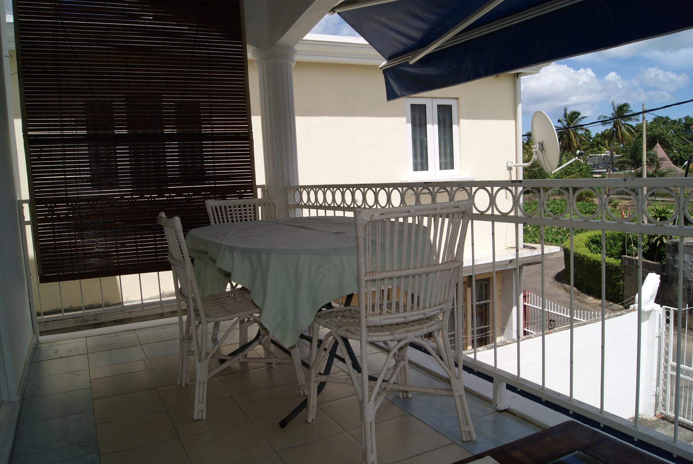 Wohnung mit 3 Schlafzimmern in Bambous mit Balkon  Ferienwohnung in Afrika
