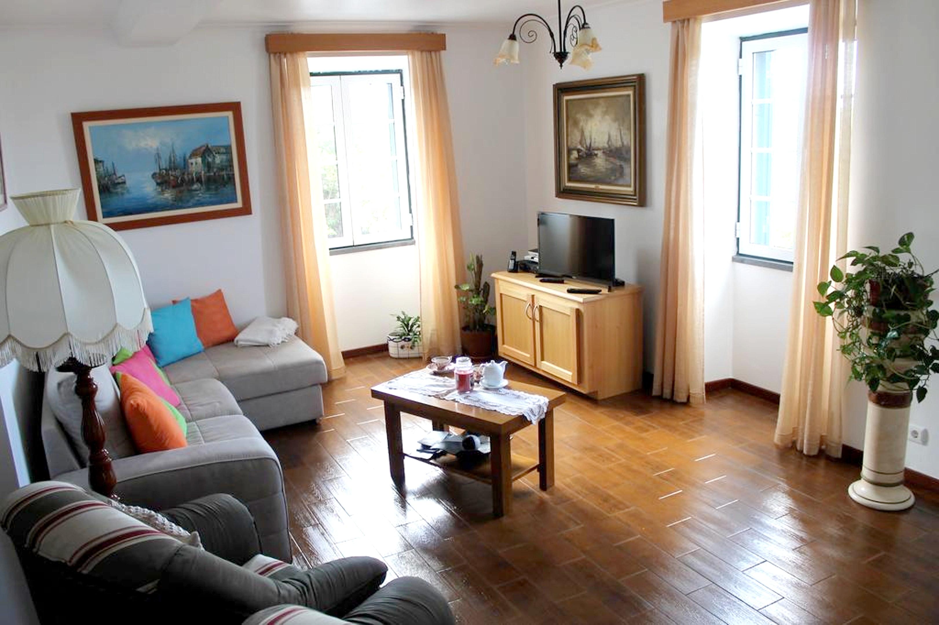 Ferienhaus Haus mit 3 Schlafzimmern in Prainha mit herrlichem Meerblick, eingezäuntem Garten und W-LA (2683894), Prainha, Pico, Azoren, Portugal, Bild 5
