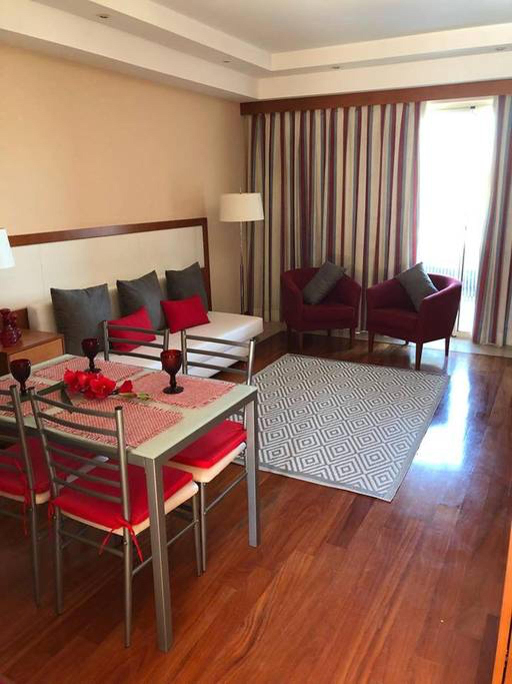 Ferienwohnung Wohnung mit einem Schlafzimmer in Estômbar mit bezauberndem Seeblick, Pool, eingezäuntem G (2623795), Estombar, , Algarve, Portugal, Bild 2