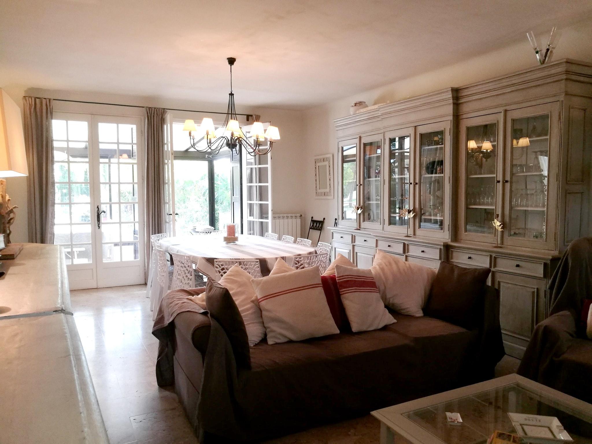 Ferienhaus Haus mit 6 Schlafzimmern in Pernes-les-Fontaines mit privatem Pool, möbliertem Garten und  (2377414), Pernes les Fontaines, Saône-et-Loire, Burgund, Frankreich, Bild 15