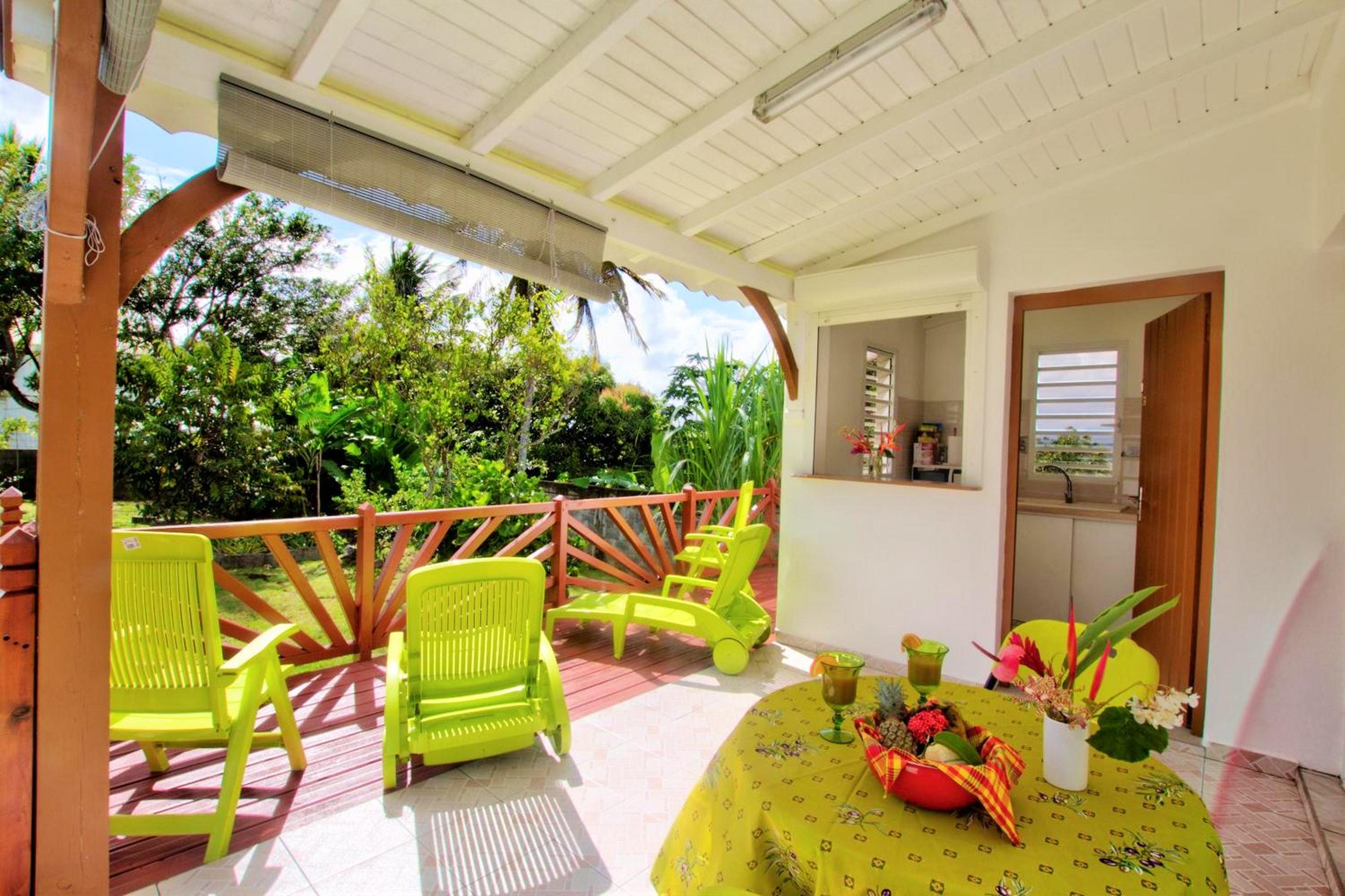 Studio in Petit-Bourg mit toller Aussicht auf die  Ferienwohnung in Guadeloupe