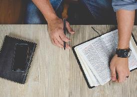 Gesù esplosione di vita. Grazia e legge contrapposte