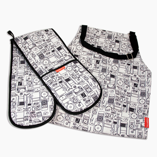 Hospital Records – Hospital Apron and Oven Gloves