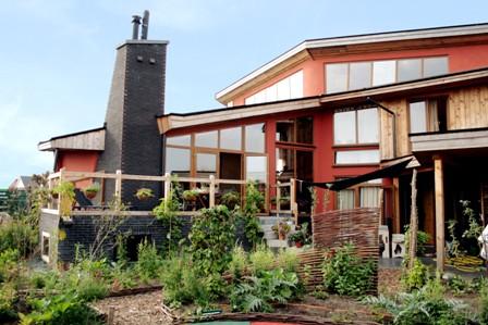 een huis van stro kan er zo uitzien