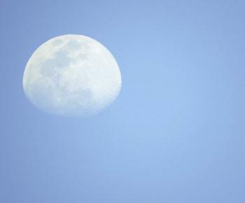 Volle maan in Weegschaal, 11 april 2017