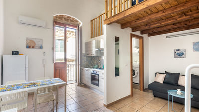 Hexagon house avola house villas real estate %284%29