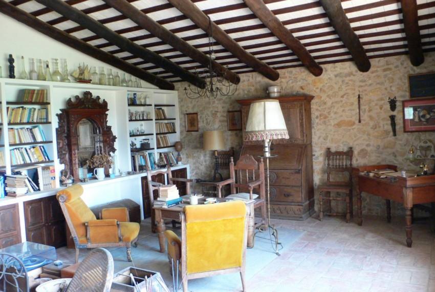 Masia Castell d´Empordà Salón Principal