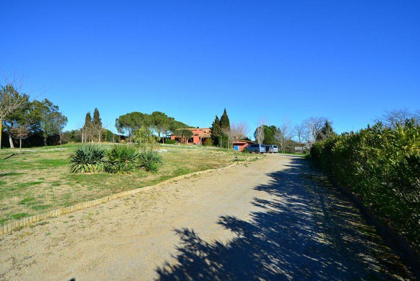 Casa de Campo en el Emporda Camino Acceso