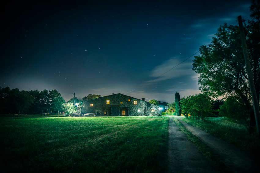 Masia-Turismo-Rural-Baix-Emporda-Iluminacion